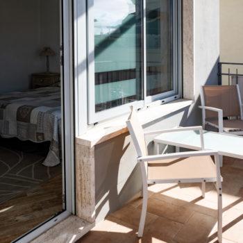 Camera Matrimoniale con Balcone 5 City Garden Guest House Olbia 6