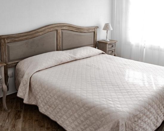 Camera Matrimoniale con Terrazzo 4 City Garden Guest House Olbia 2